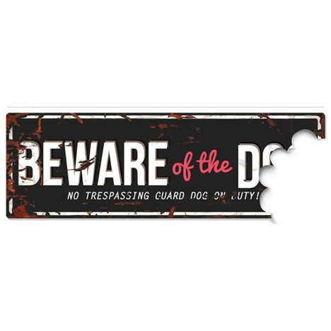 Beware of the Dog Svart